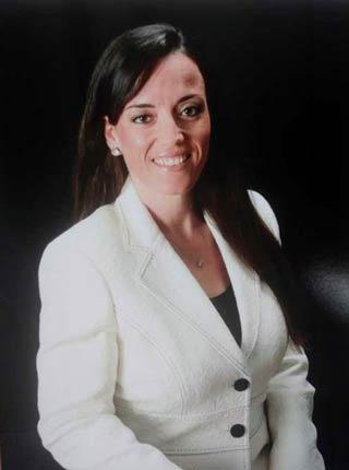 Headshot of Rachel Garvin
