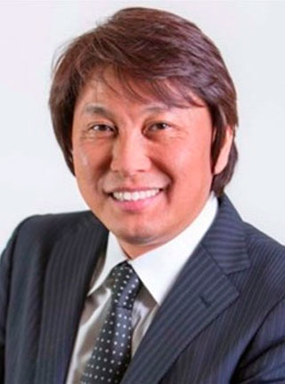 headshot of shinichi hirokawa